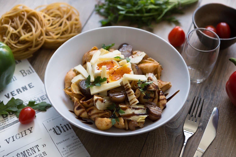 Conchiglionis aux légumes confits & œuf poché, cantal
